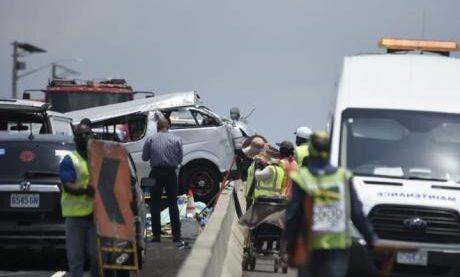 Four killed, 11 injured in Jamaica bus crash